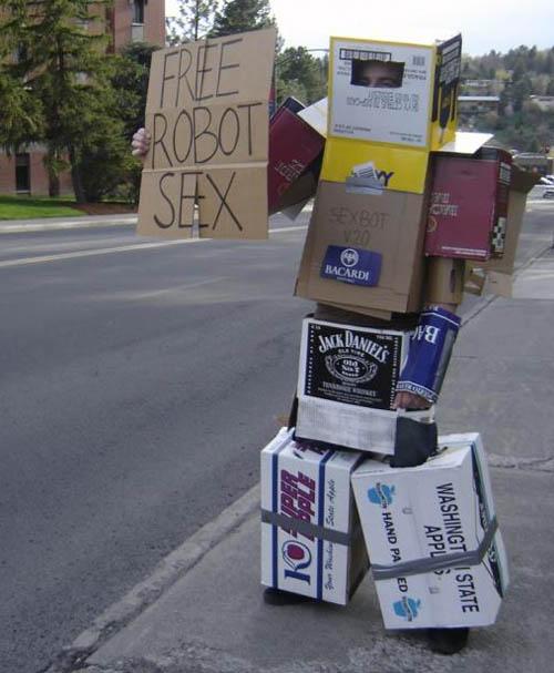 http://maze.icomix.com/picturepage/021306/robot20sex.jpg